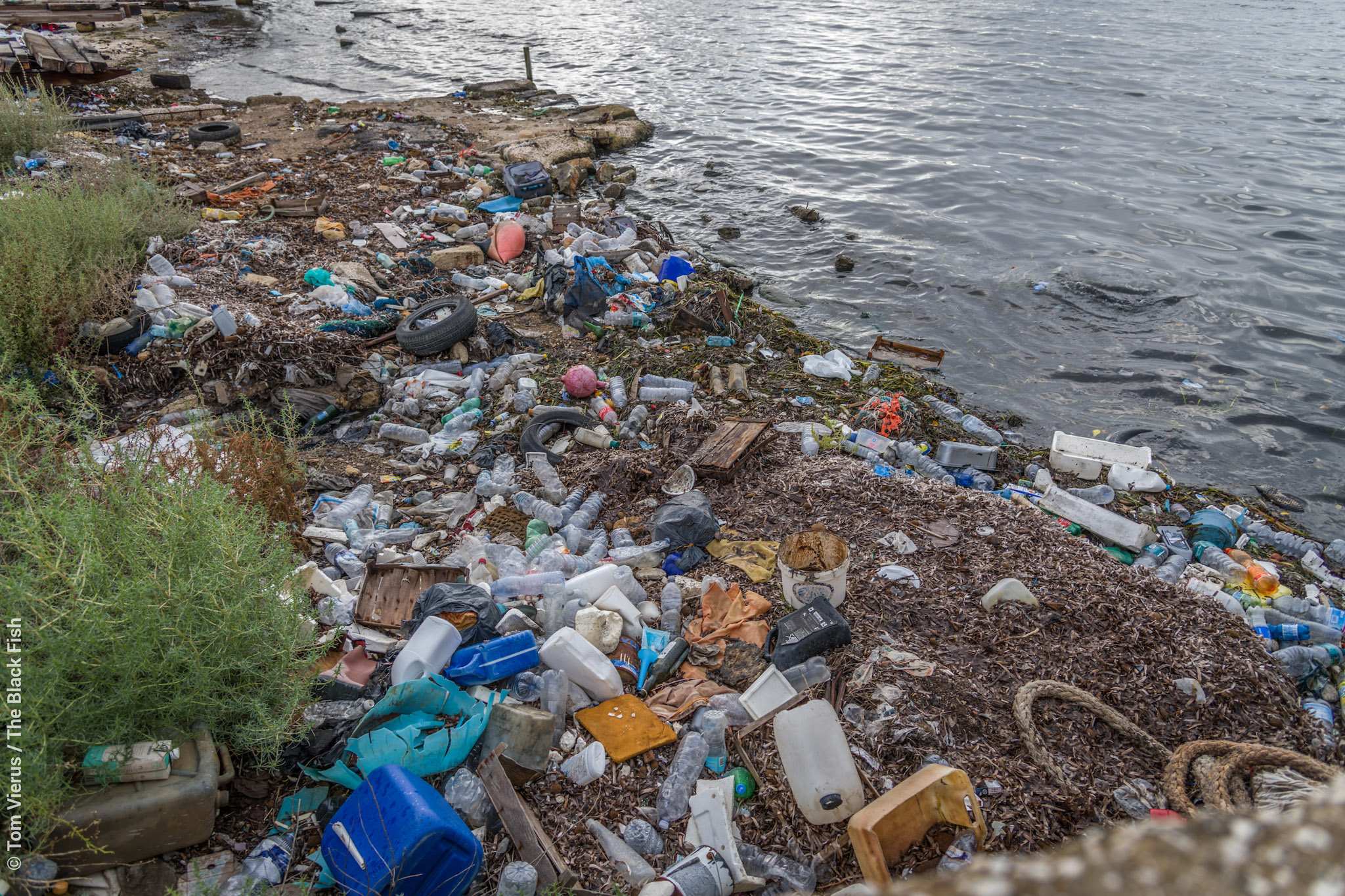 ocean, trash, plastic, sicily, pollution